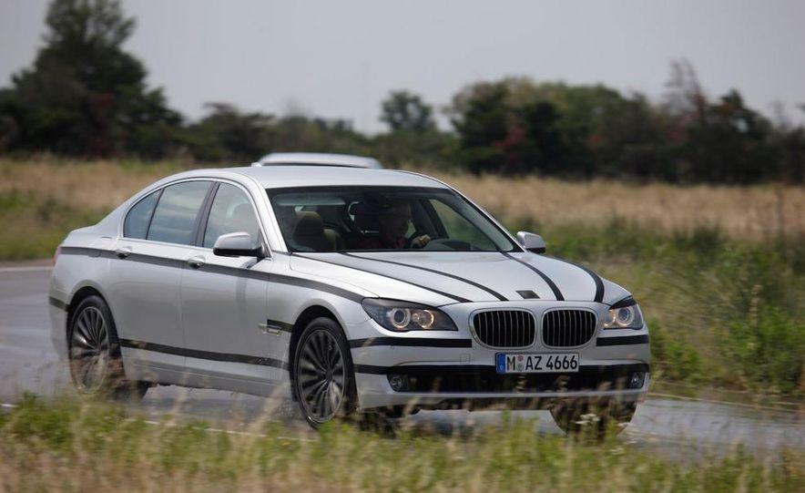 2009 BMW 7-series - Slide 14