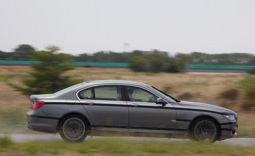 2009 BMW 7-series - Slide 18