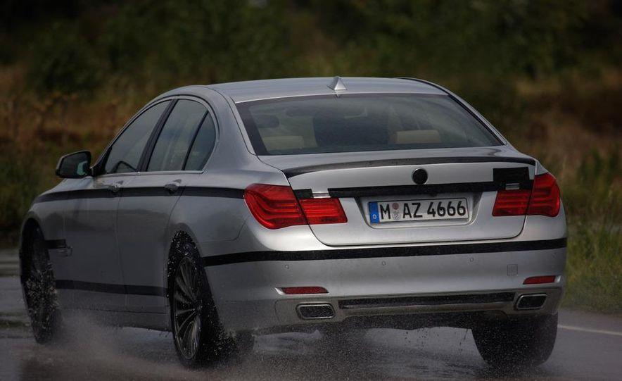 2009 BMW 7-series - Slide 24