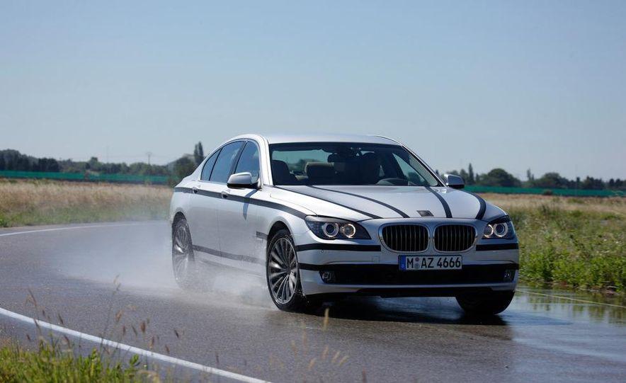 2009 BMW 7-series - Slide 4