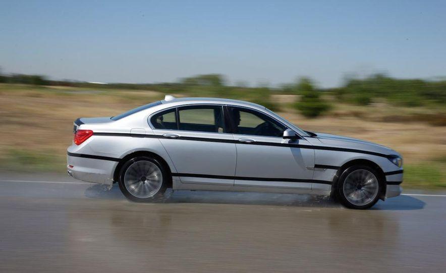 2009 BMW 7-series - Slide 20