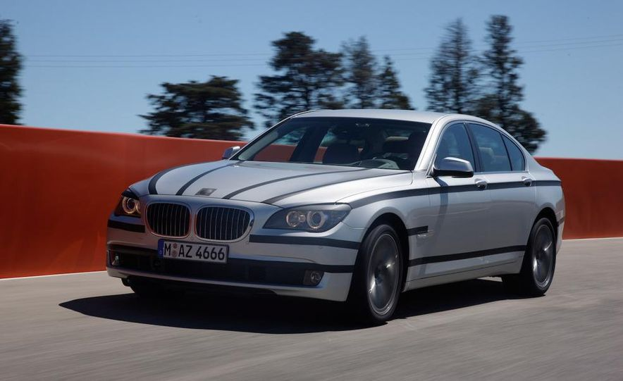 2009 BMW 7-series - Slide 6