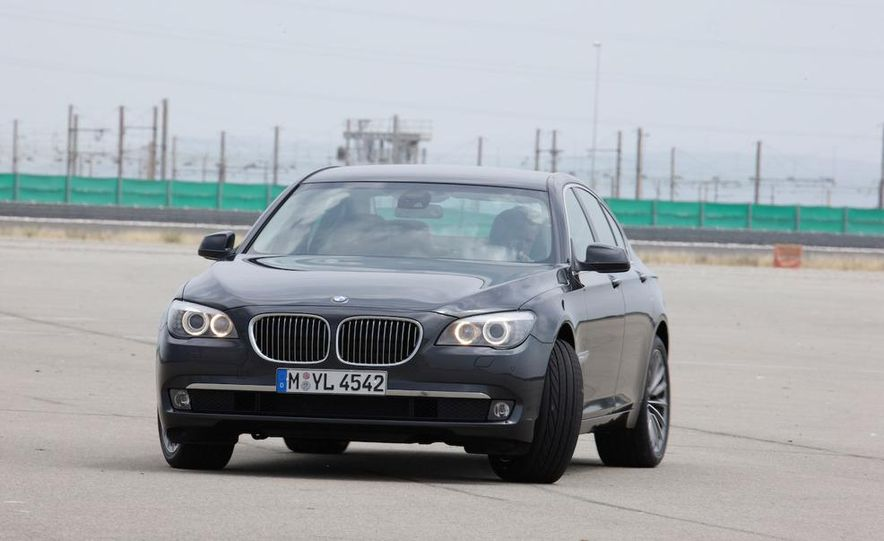 2009 BMW 7-series - Slide 42