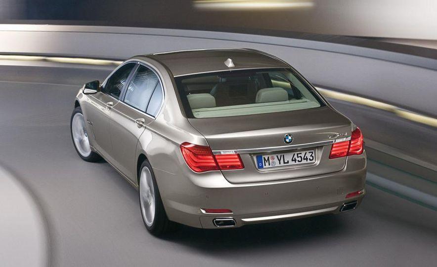 2009 BMW 7-series - Slide 37