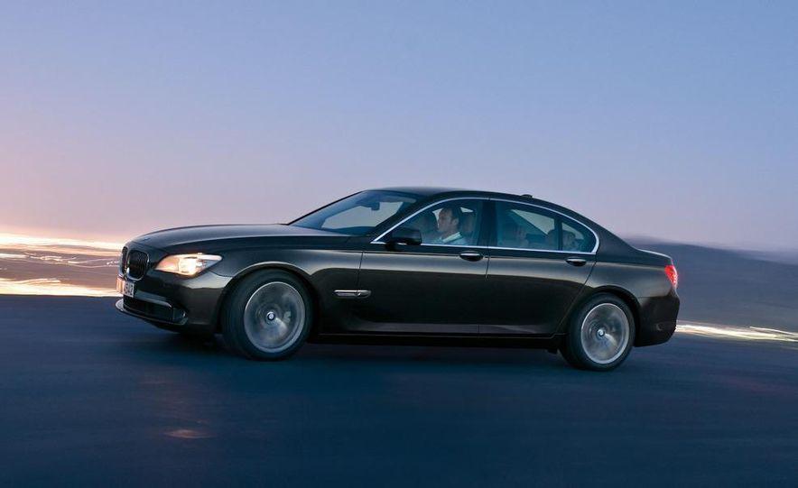 2009 BMW 7-series - Slide 33