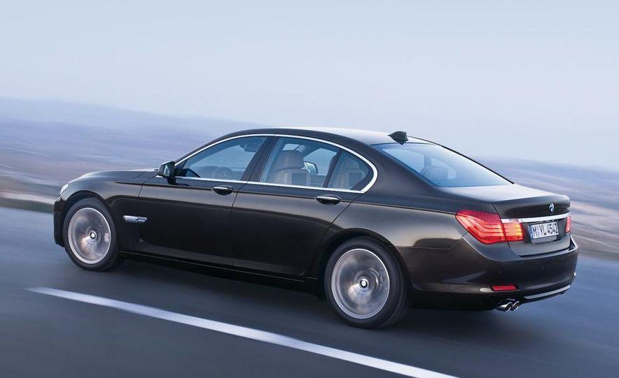 2009 BMW 7-series - Slide 35