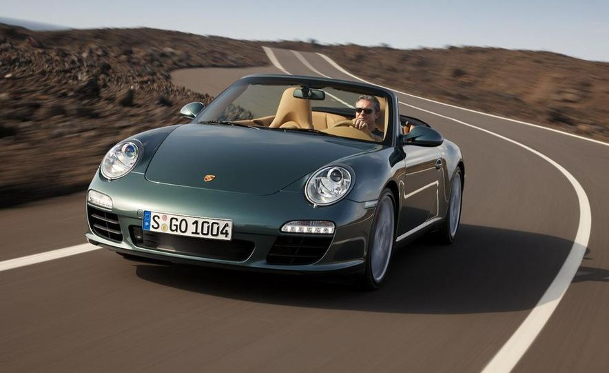 2009 Porsche 911 Carrera and Carrera S coupes and Cabriolets - Slide 3