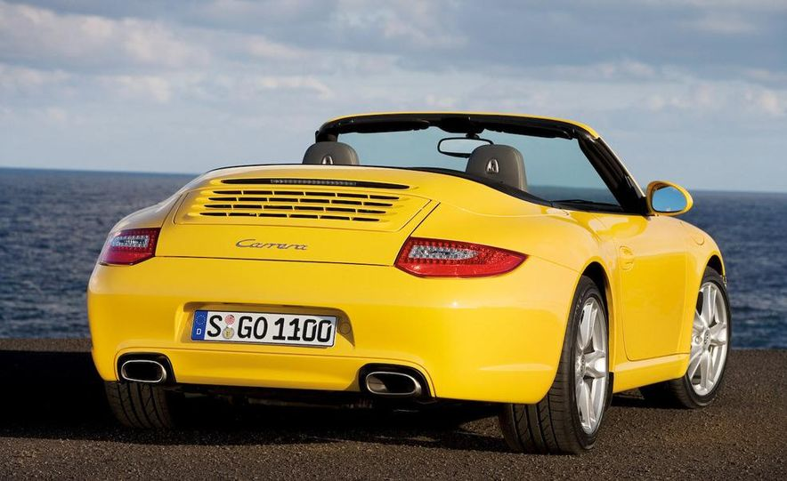 2009 Porsche 911 Carrera and Carrera S coupes and Cabriolets - Slide 5