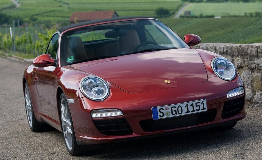2009 Porsche 911 Carrera and Carrera S coupes and Cabriolets - Slide 8