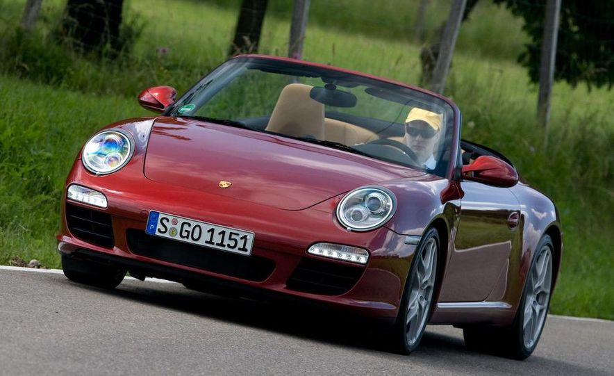 2009 Porsche 911 Carrera and Carrera S coupes and Cabriolets - Slide 17