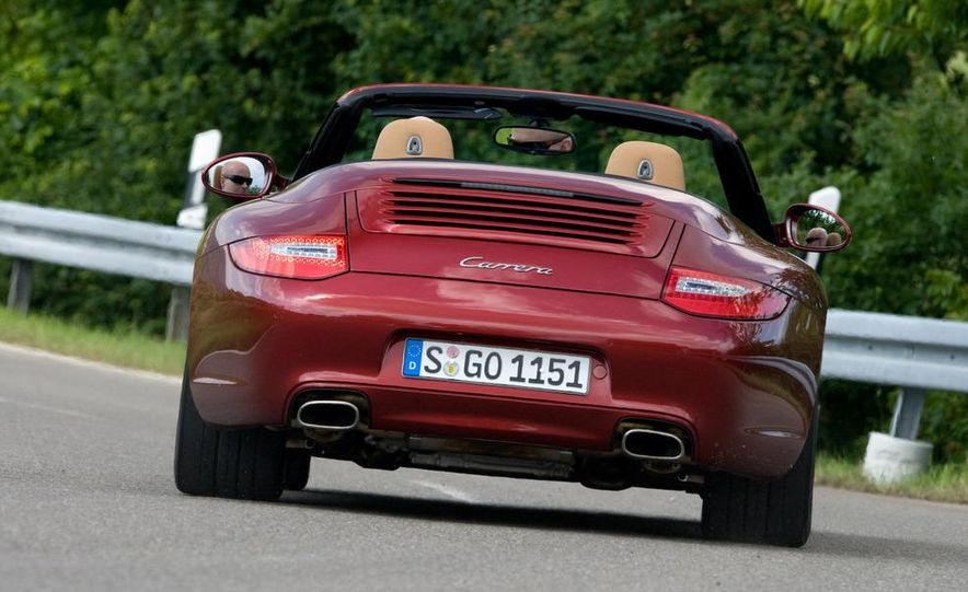 2009 Porsche 911 Carrera and Carrera S coupes and Cabriolets - Slide 20