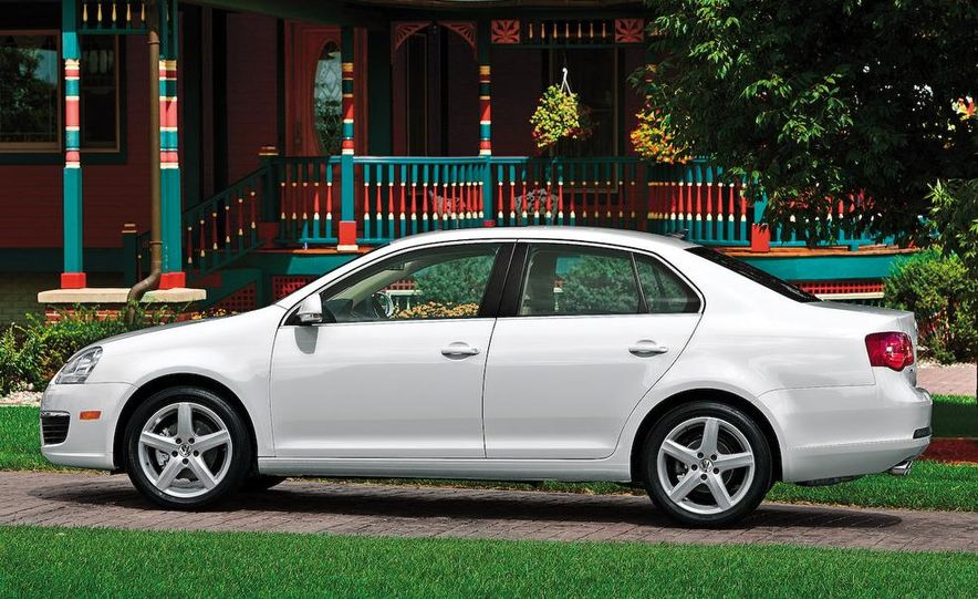 2009 Volkswagen Jetta TDI - Slide 11