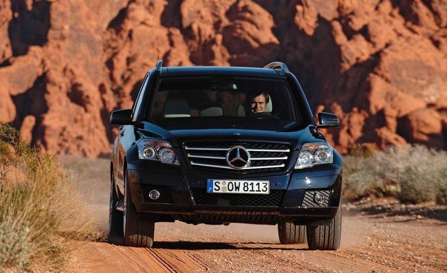 2010 Mercedes-Benz GLK350 4MATIC - Slide 1