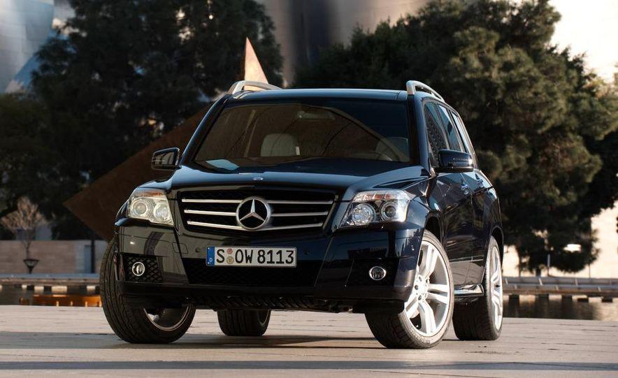 2010 Mercedes-Benz GLK350 4MATIC - Slide 5