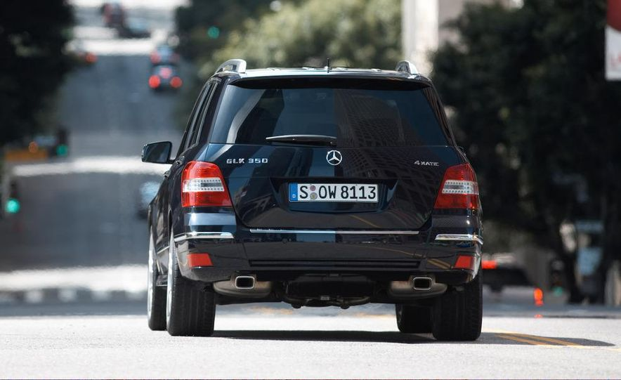 2010 Mercedes-Benz GLK350 4MATIC - Slide 7