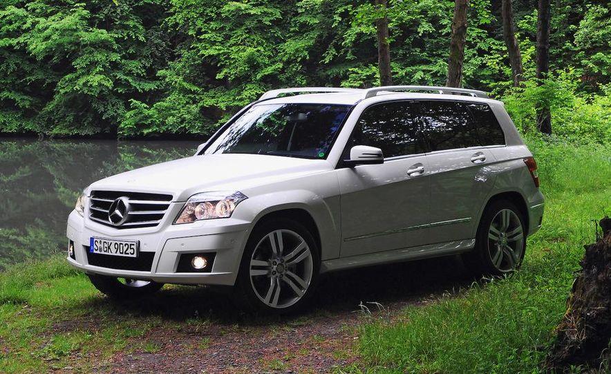 2010 Mercedes-Benz GLK350 4MATIC - Slide 11