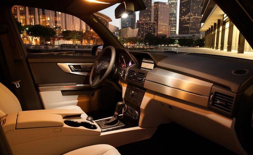 2010 Mercedes-Benz GLK350 4MATIC - Slide 30