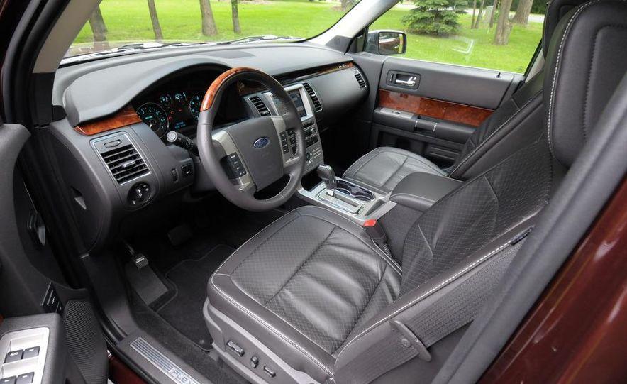 2009 Ford Flex Limited AWD - Slide 28