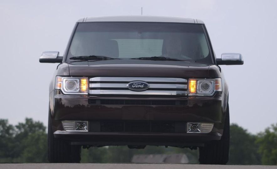 2009 Ford Flex Limited AWD - Slide 6