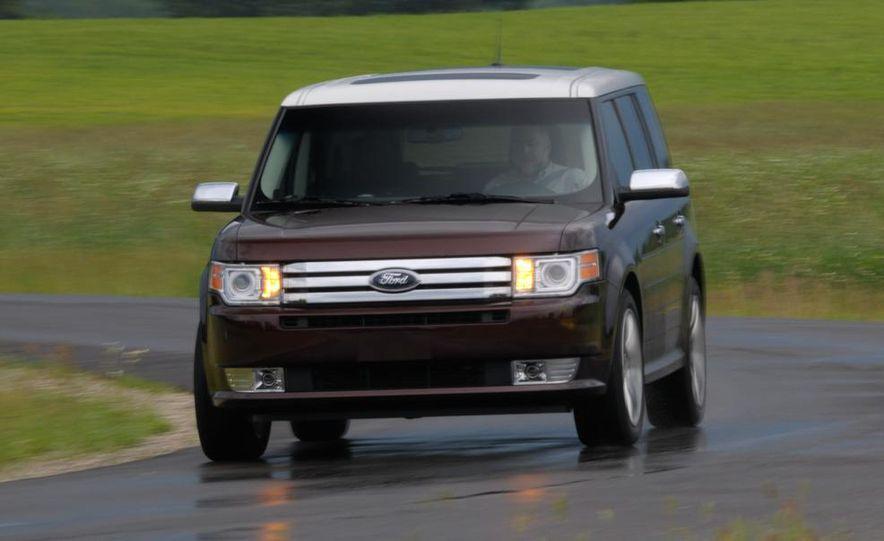 2009 Ford Flex Limited AWD - Slide 9