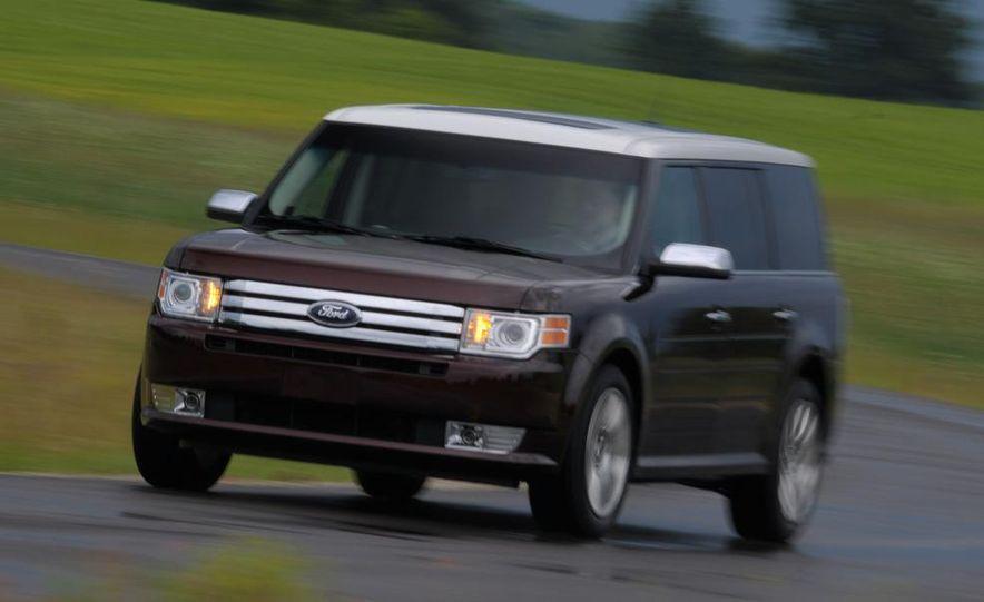 2009 Ford Flex Limited AWD - Slide 10