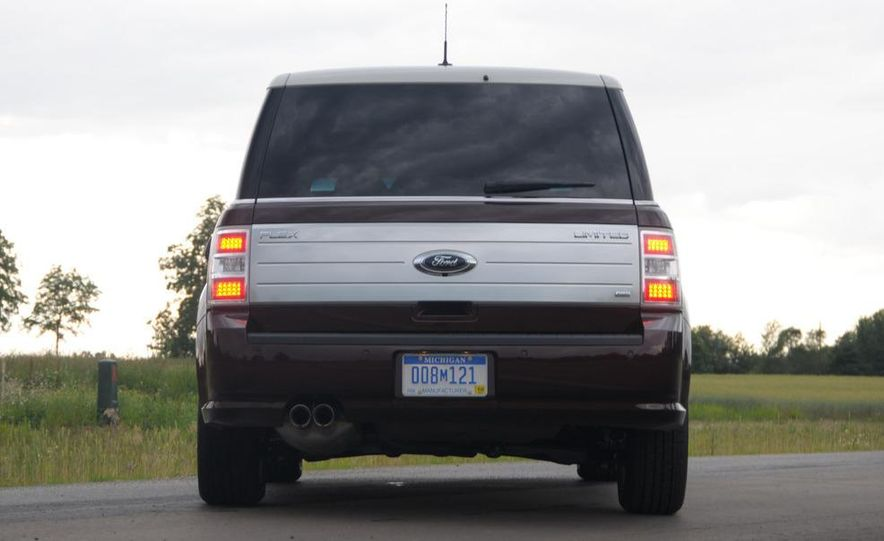 2009 Ford Flex Limited AWD - Slide 17