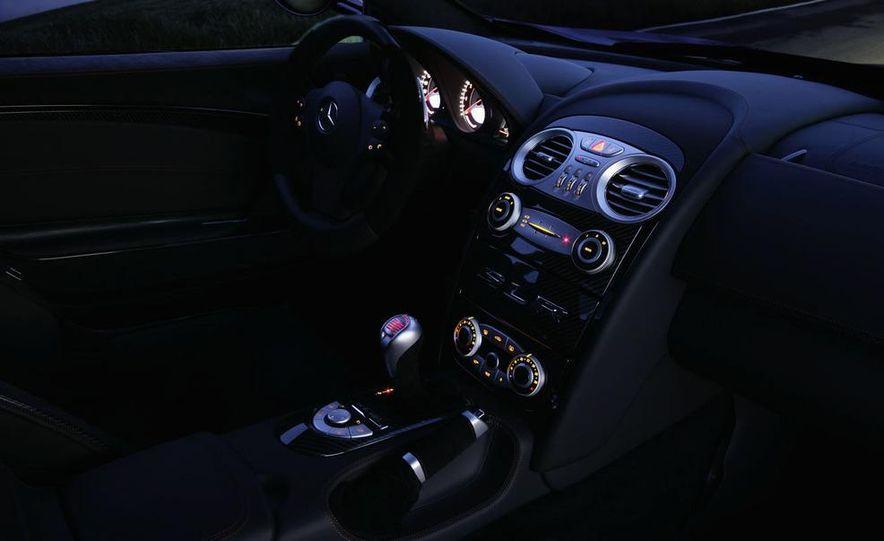 2011 Mercedes-Benz SLC Gullwing - Slide 22