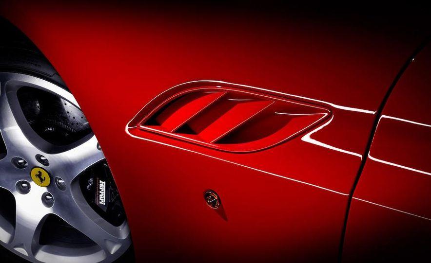 2009 Ferrari California - Slide 23