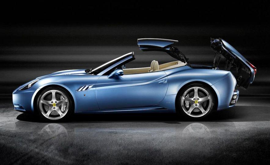 2009 Ferrari California - Slide 26