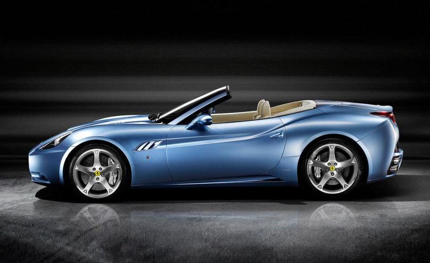 2009 Ferrari California - Slide 27