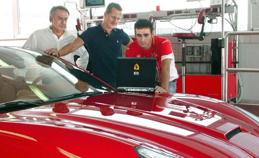 2009 Ferrari California - Slide 28