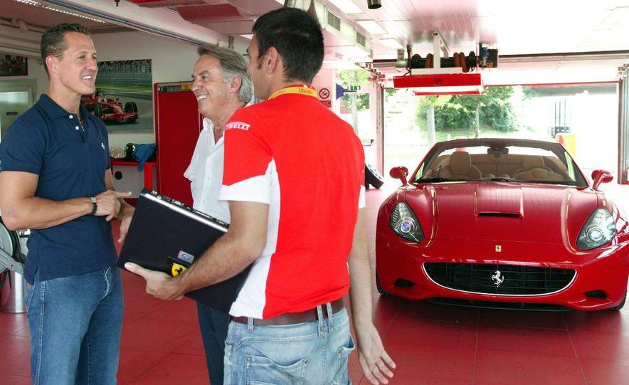 2009 Ferrari California - Slide 30