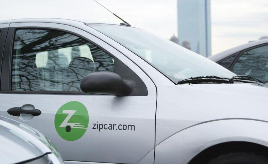 Zipcar Mazda 3 s 5-door - Slide 4