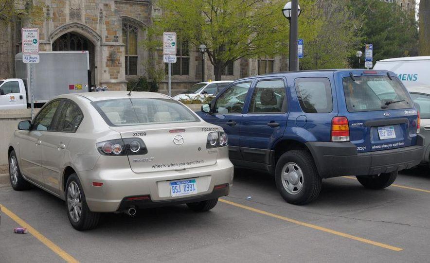 Zipcar Mazda 3 s 5-door - Slide 8