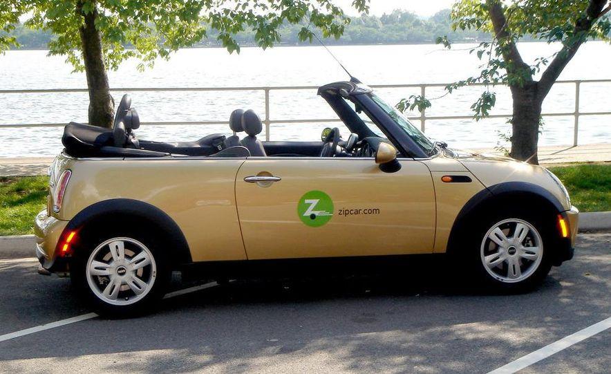 Zipcar Mazda 3 s 5-door - Slide 16