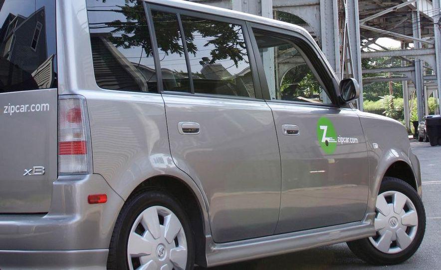 Zipcar Mazda 3 s 5-door - Slide 21