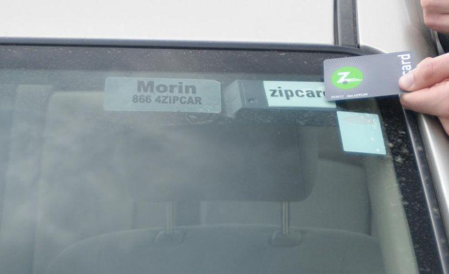 Zipcar Mazda 3 s 5-door - Slide 7