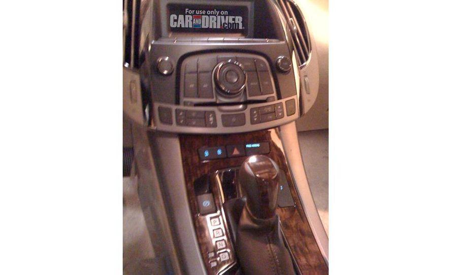 2010 Buick LaCrosse steering wheel and instrument cluster - Slide 4