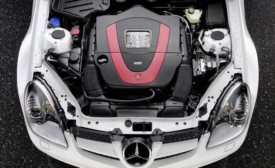 2009 Mercedes-Benz SLK350 - Slide 17