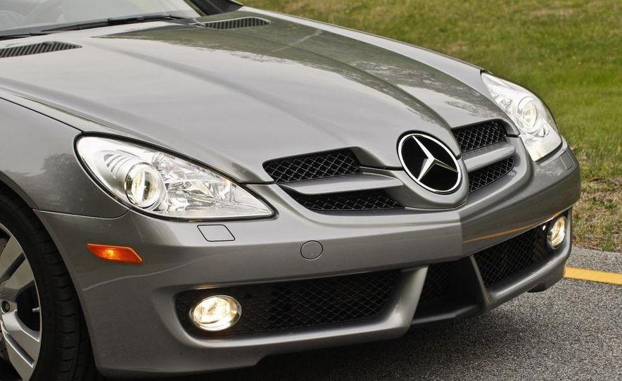 2009 Mercedes-Benz SLK350 - Slide 26