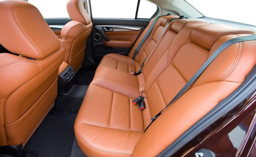 2009 Acura TL SH-AWD - Slide 24