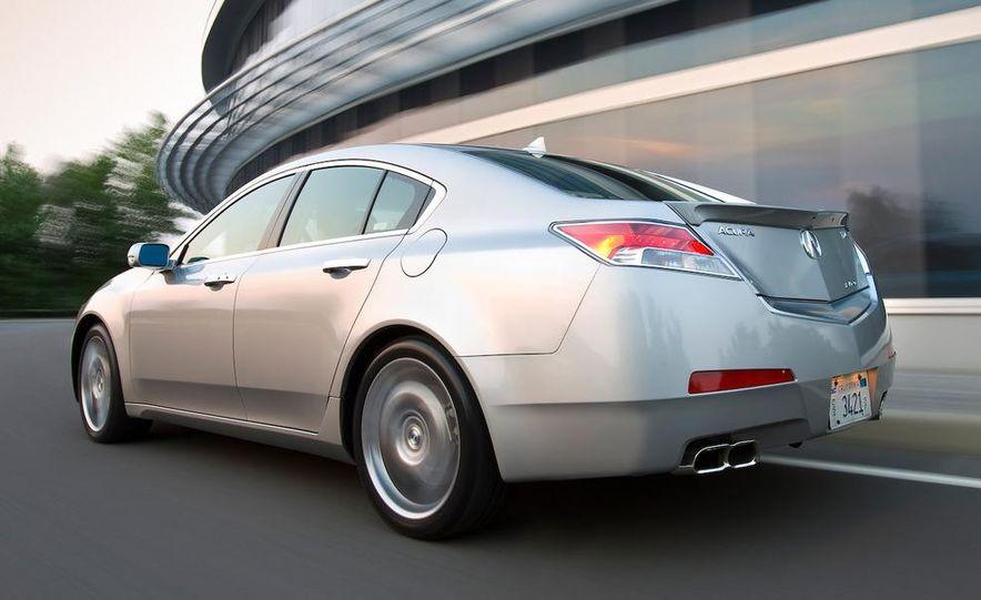 2009 Acura TL SH-AWD - Slide 2