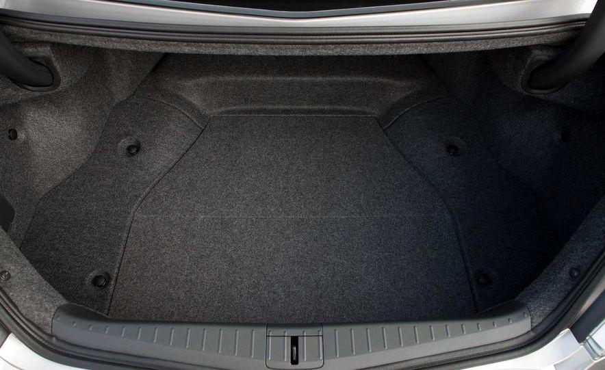 2009 Acura TL SH-AWD - Slide 29