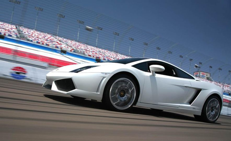 2009 Lamborghini Gallardo LP560-4 - Slide 11