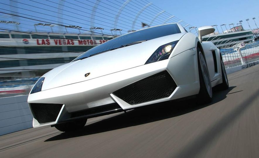 2009 Lamborghini Gallardo LP560-4 - Slide 12