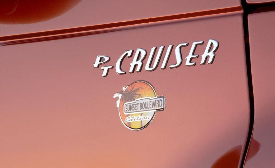 2009 Chrysler PT Dream Cruiser Series 5 - Slide 19