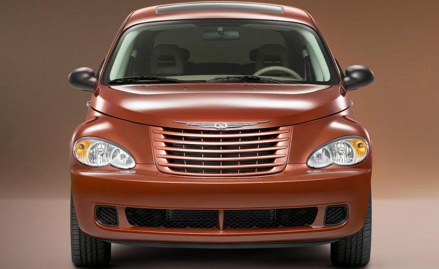 2009 Chrysler PT Dream Cruiser Series 5 - Slide 12