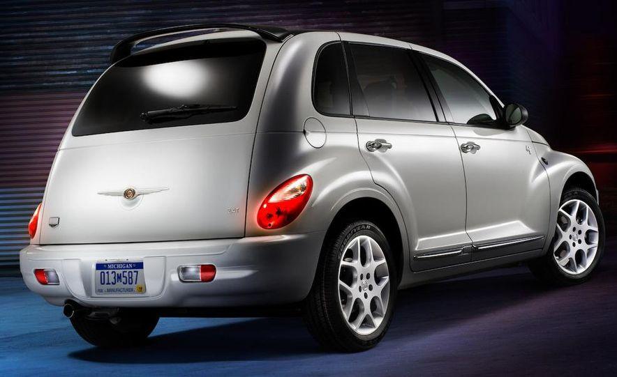 2009 Chrysler PT Dream Cruiser Series 5 - Slide 3