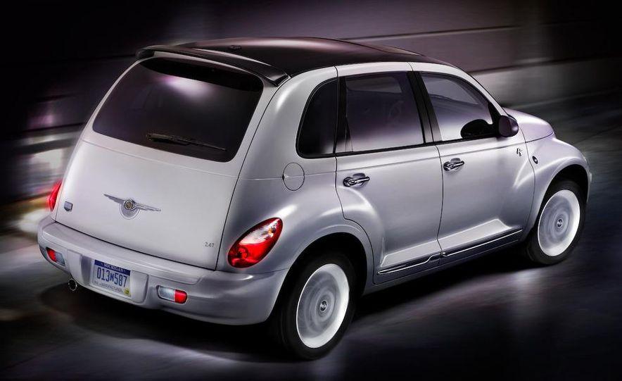 2009 Chrysler PT Dream Cruiser Series 5 - Slide 2