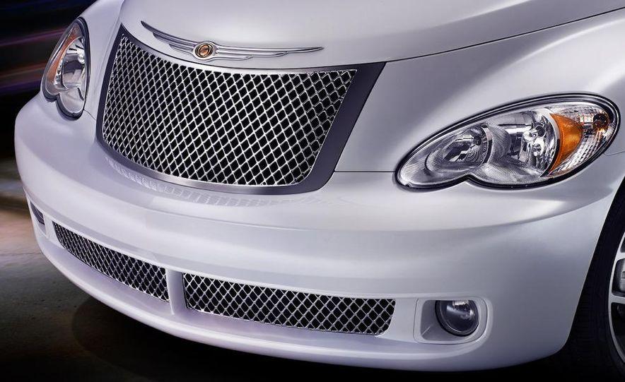2009 Chrysler PT Dream Cruiser Series 5 - Slide 4
